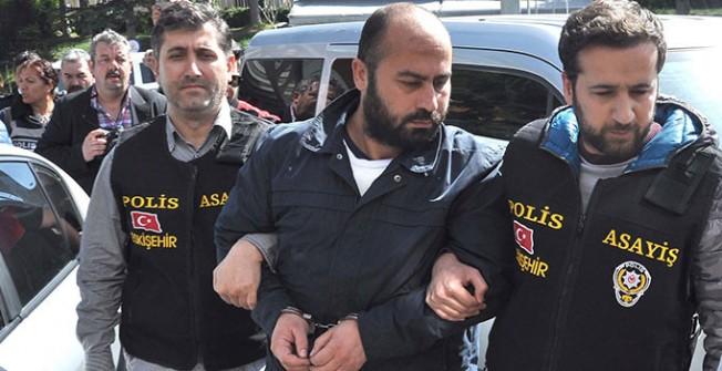 Dört Akademisyeni öldüren üniversite saldırganı tutuklandı