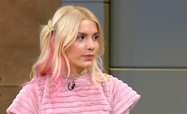 Aleyna Tilki, kameralar önünde aşkını ilan etti