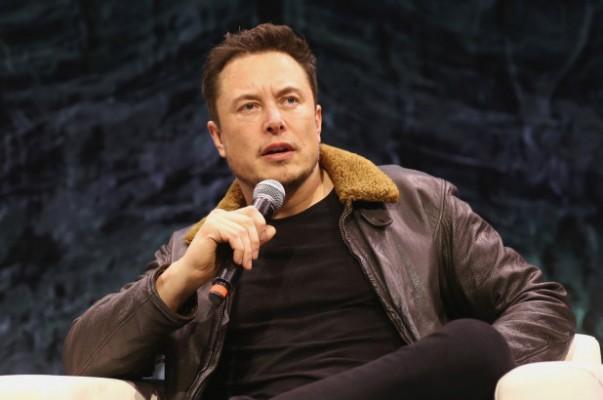 Elon Musk'tan 'ölümsüz diktatör' uyarısı