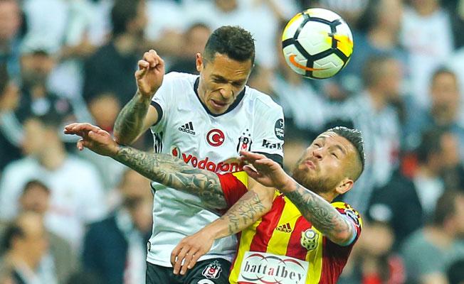 Beşiktaş, Malatyaspor'u Yenerek Şampiyonluk İddiasını Sürdürdü
