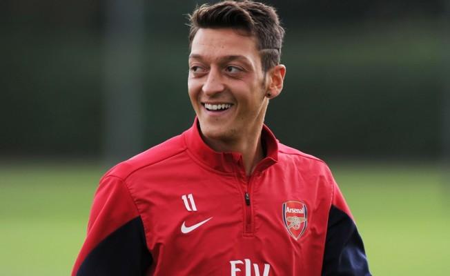 Mesut Özil: Bir gün Fenerbahçe'ye geleceğim