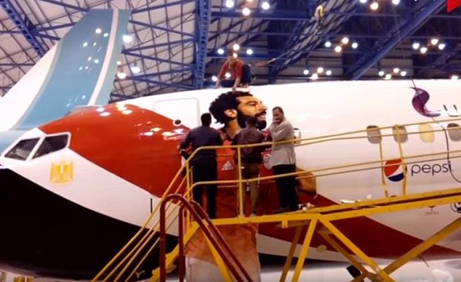 Fotoğrafı izinsiz uçağa basılan futbolcu Salah, çıldırdı