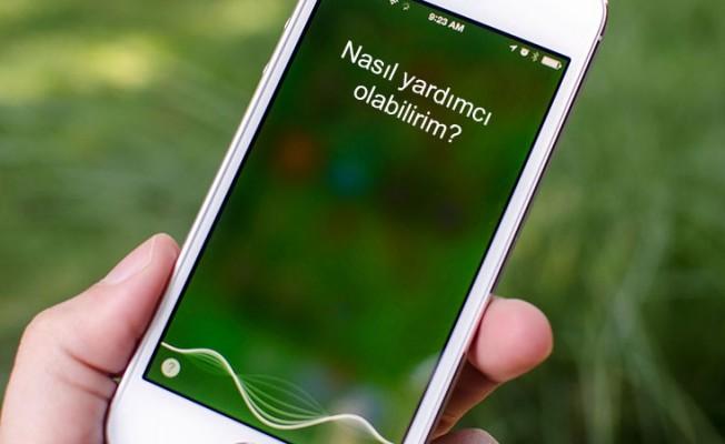 """Türk Siri, """"Sesim İzinsiz Kullanıldı"""" deyip dava açtı"""