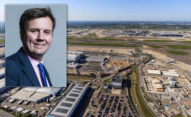 Havalimanının genişletilmesine karşı çıkan İngiliz bakan istifa etti