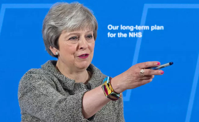 İngiliz hastaya tartışmalı mali ilk yardım paketi