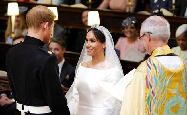 Prens Harry ve Meghan Markle düğün hediyelerini iade etti