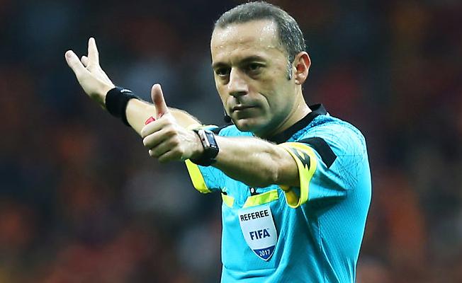 Cüneyt Çakır, Dünya kupasında final bölümüne kaldı!
