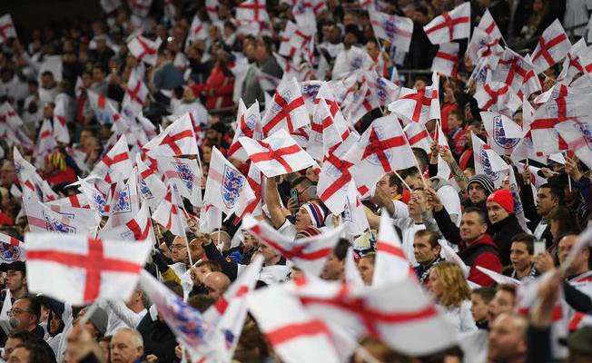 İngiltere basını takımlarıyla gurur duyuyor