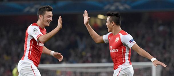Arsenal'de Alexis Sanchez, Mesut Özil gerginliği