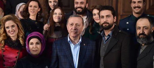 Erdoğandan o dizinin setine sürpriz ziyaret