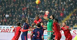 Galatasaray, Mersin'den eli boş dönüyor
