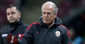 Mustafa Denizli'den transfer açıklaması