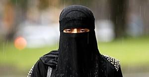 Londra'da peçeli Müslüman öğrenciye saldırı