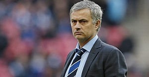 Manchester United'ın yeni menajeri Mourinho