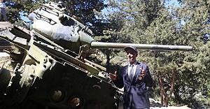 bSürücüsü o tankın yanına 42 yıl.../b
