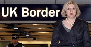 Theresa May sınırdan kuş bile uçurtmuyor!