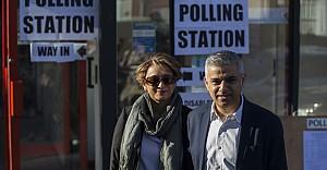 İngiltere yerel yönetimlerini seçiyor