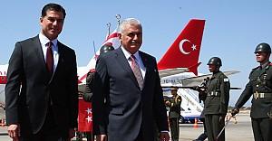 Başbakan Yıldırım ilk ziyaretini KKTC'ye yaptı