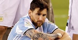 Efsaneden Messi'ye çağrı