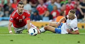 Galler, Rusya'ya 3 gol attı tur atladı