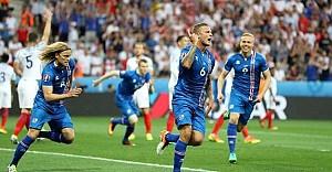 İngiltere  1 : 2  İzlanda