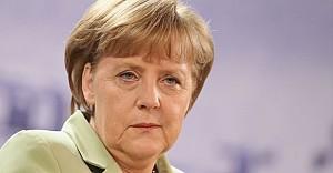 Merkel: İngiltere resmi başvuru yapmadan Brexit görüşmeleri yok
