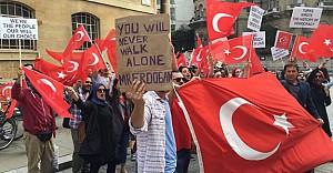 Türk Öğrenci Birliği BBC'yi protesto...