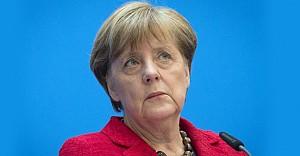 Angela Merkel'in seçim hezimeti