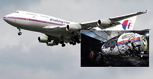 Kayıp Malezya uçağının parçaları bulundu