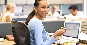 Masa başı çalışanları ne yemelidir?