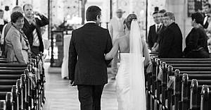 Almanya, evliliğe yaş sınırı getirdi