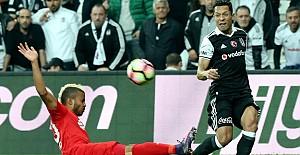 Beşiktaş, Antalya'ya puan vermedi: 3-0