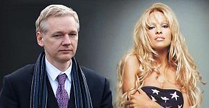 Pamela Anderson'a şok suçlama: Assange zehirlemek mi istedi?