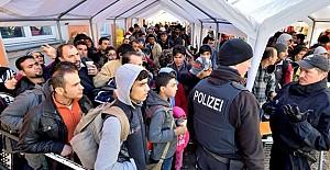 Almanya 12 bin sığınmacıyı sınır dışı edecek