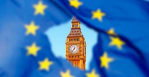 Brexit endişesi milyar sterlinlik yatırımları iptal ettirdi