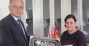 İhsan Tuncalı'dan 'Kanser Derneği'ne anlamlı bağış