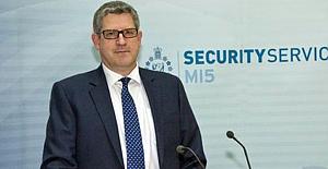 İngiliz İstihbarat Başkanı: Rusya, İngiltere'yi hedef aldı