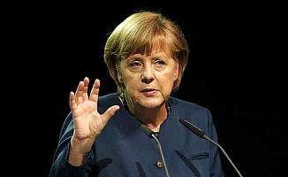 Merkel'den Cumhurbaşkanı Erdoğan'a çağrı