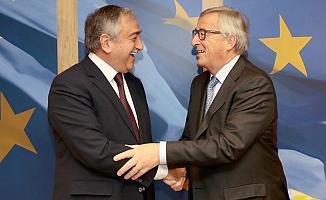 Akıncı, Brüksel'de Claude Juncker ile görüştü