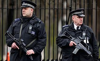 İngiliz polisinden Noel alarmı!