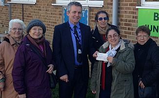 İngiltere Türk Kadınları Yardım Derneğinden, okula bağış