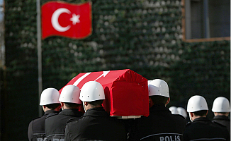 Şehit polisler İstanbul'dan törenle uğurlandı