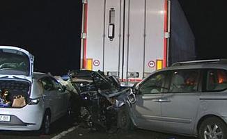 Almanya'da feci kaza: 6 ölü