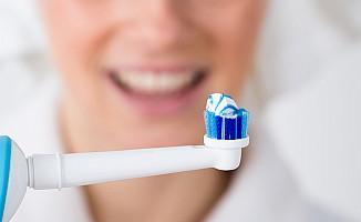 Diş fırçasını ıslatmayın