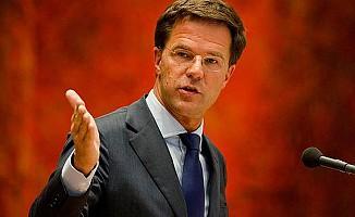 Hollanda Başbakanı Rutte'den 'ülkeyi terk et' mesajı