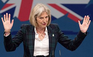 İngiltere Başbakanı May: Avrupa'dan ayrılmıyoruz