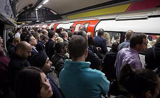 Londra'da ulaşımı felç edecek metro grevi