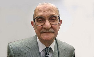 Ünlü profesör Okay hayatını kaybetti