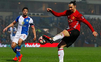Manchester United'a turu Ibrahimovic getirdi