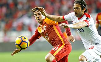 Antalya'da uzatma dakikaları Galatasaray'a yaradı
